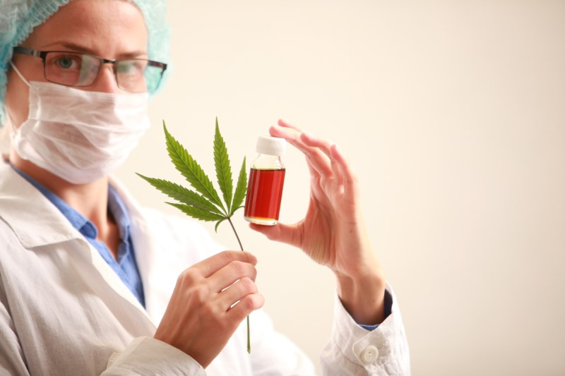 101757253-Olegmalyshev-Dreamstime-INP cannabis kanker misselijkheid