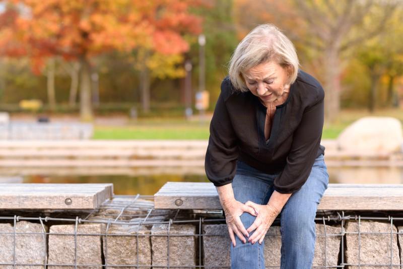 103291149-Mheim301165-Dreamstime-INP-Instituut-voor-Neuropathische-Pijn knie artrose