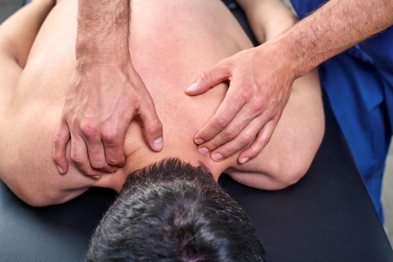 141114792-Carmen-Vicedo-Giner-Dreamstime-INP-Instituut-voor-Neuropathische-Pijn stijve nek baclofen creme
