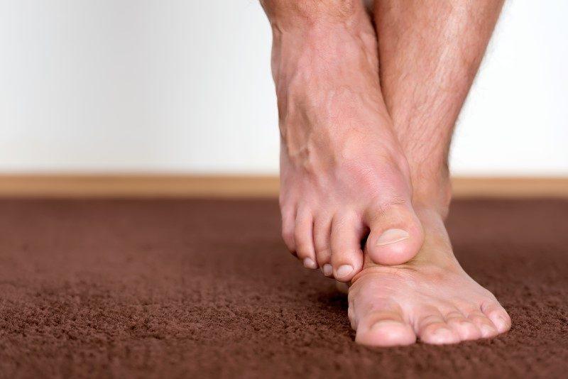 60375317-Levente-Gyori-Dreamstime-INP tintelende voeten