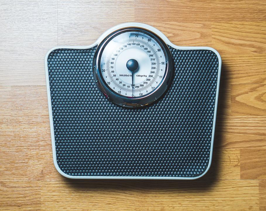 Pixabay-2036970-INP-Instituut-voor-Neuropathische-Pijn obesitas weegschaal